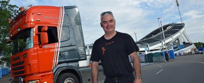 Björne Reuterlid är en glad lirare. För honom är somrarna rock´n roll – och hårt arbete.