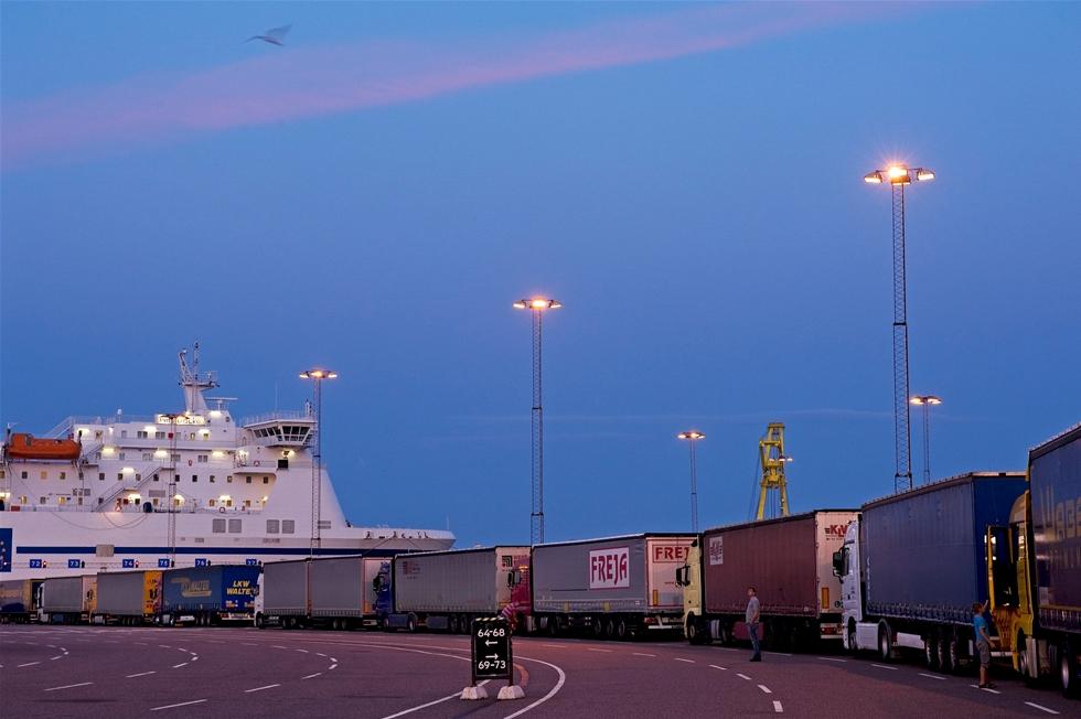 Varje år passerar cirka 750 000 tradare Sveriges sydligaste hamn.