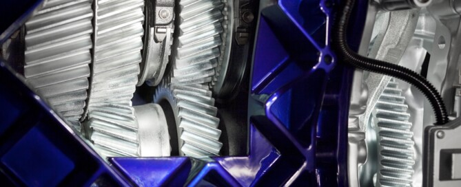 Nya Volvo I-shift med Crawler gears, vilket skapar helt nya möjligheter för lastbilar med extrem hög vikt, eller för körning i tuffa miljöer.