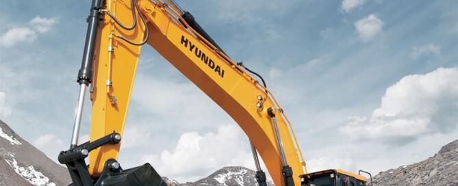 Tre grävmaskinsmodeller utrustade med motorer från Scania kommer att lanseras: HX480, HX700 och HX900.
