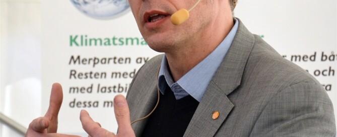 Ulric Långberg, Åkeriföretagen, ser 74-tonnarna som en naturlig utveckling.