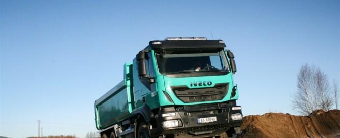 En Trakker klarar de allra flesta uppdragen, skriver Iveco självsäkert om Trakker som anläggningsbil.