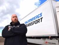 """Markus Josefsson vid Falkenbergs Transport, menar att situationen är """"helt vansinnig""""."""