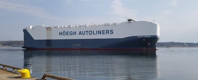 Hoegh-Trigger-departs